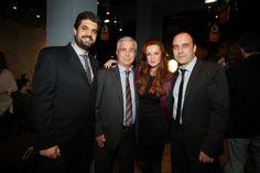 Ο Σπήλιος Λαμπρόπουλος των Public μαζί με τον Αθανάσιο Ψυχογιό, την Χρυσηίδα Δημουλίδου και τον Διευθυντή Πωλήσεων των Εκδόσεων ΨΥΧΟΓΙΟΣ, Βασίλη Μωιτσίδη