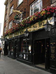 Green Man pub, Great portland street, London   Flickr - Photo Sharing!