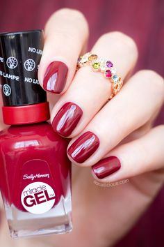 Sally Hansen Miracle Gel Dig Fig Review: http://sonailicious.com/baroque-nails-sally-hansen-miracle-gel-dig-fig/