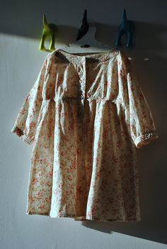 foral blouse/dress for a girl