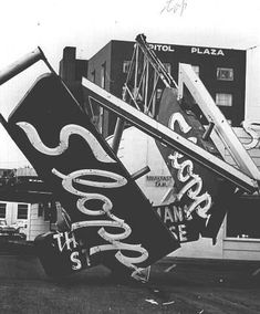 Damage from the 1962 Columbus Day storm in Salem, Oregon, 1962 :: Statesman Journal Newspaper Storm Center, Oregon Road Trip, Salem Oregon, Oregon Washington, Columbus Day, Local History, Pacific Northwest, North West, Newspaper