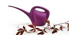 Legendaarinen kastelukannu uuden pirteän värisenä! Watering can with a trendy new color! Made in Finland. Watering Can, Tea Pots, Canning, Tableware, Dinnerware, Tablewares, Tea Pot, Home Canning, Dishes