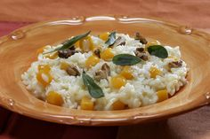 Easy dinner recipes: Risotto, chicken and more in an hour or less  On a chilly fall evening, you can't go wrong with a simple one-dish meal or comforting classic. Check out these ideas, all of which come together in an hour or less. They're just some of the quick and easy dinner options you can find in our recipe database.  http://www.latimes.com/food/dailydish/la-dd-edr-easy-dinner-recipes-risotto-chicken-hour-or-less-20141106-story.html
