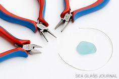 For a sea glass jewelry idea try a simple wire wrap sea glass pendant. Sea Glass Necklace, Sea Glass Jewelry, Wire Jewelry, Diy Jewellery, Handmade Jewelry, Sea Glass Crafts, Sea Glass Art, Seashell Jewelry, Wire Crafts