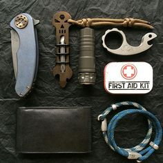 "everydaycarry-ig: "" From @cologne_knife_freak Curtiss F3 Medium , Arc6 ,EDT , Vox Snail Maximus. #knife #knifeporn #knifeknuts #KnifeFanatics #knifecollector #usn #usnfollow #usnstagram..."