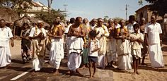 https://flic.kr/p/7K2aZ7 | India, Tamil Nadu | A religious parade in a village.