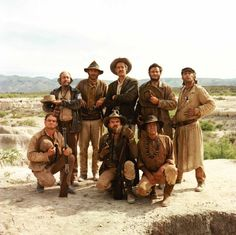 Still of Strother Martin and Robert Ryan in The Wild Bunch