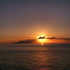 Tagga una persona con cui vorresti essere qui!   Una delle migliori foto di #oggi    @_ricca_14  Usa #favignanait per le tue foto/video e menzionami @favignana.it. Le migliori verranno pubblicate su questa pagina menzionandoti.  Admin @marcodasta  #favignana #sicilia #italia #egadi #levanzo #marettimo #sicily #italy #estate #summer #photooftheday   welcome repost (including temporary)   #all_sunsets #beautiful #ig_sunsetshots #instagood #instasky #instasunsets #irox_skyline #isea_sunsets…