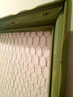Something to do with the chickenwire I already have   . . . .   ღTrish W ~ http://www.pinterest.com/trishw/  . . . .  #DIY #craft #frame