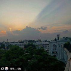 #Repost @18til_i_die with @repostapp To get featured tag your post with #talestreet My favourite colours of sunset !! #sodelhi#delhiwale#delhigram#delhi_igers#delhi_igers_citywalk#delhidiaries#storiesofindia#streetsofindia#shine#Sunset#natureaddict#nature#naturelover#naturegram#instanature#instacapture#photo#photographyislifee#photograph#india_gram#ig_indiashots#instasunsets#travel#traveldiaries#talestreet#india#skyporn#cloudsporn#twitter