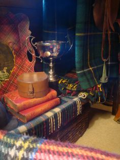Tartan display....LOVE that serving tray...I'm have an unfinished wooden tray in my art studio and a roll of Blackwatch wrapping paper....guess what I'm going to do!?