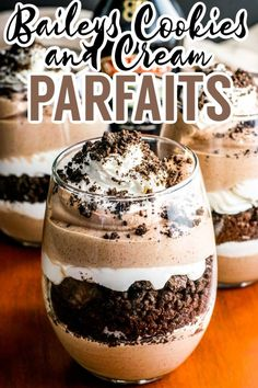 Layered chocolate and Baileys cream paired with crumbled Oreo cookies. This delicious Baileys parfait is the perfect weekend retreat! Parfait Desserts, Parfait Recipes, Easy Desserts, Delicious Desserts, Best Dessert Recipes, Sweet Recipes, Baileys Trifle Recipes, Best Trifle Recipe, Cookies And Cream Parfait Recipe