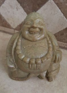 Antique-Hand-Carved-Green-Marble-Laughing-Seated-3-Vintage-Happy-Buddha-589g