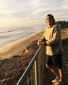 "stoutant: "" Feeling Way Blessed Thankful for the friends, family, sun, and ocean for keeping my spirits high! It only gets better each day🙏🏻😌 "" Mark Mcmorris, Only Getting Better, My Spirit, Olympians, Good Thoughts, Winter Sports, Winter Snow, Snowboarding, Celebrity Crush"
