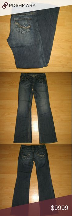 """Big Star Maddie Bootcut Jeans (LONG) These jeans are preloved but still in very good condition. They are the Maddie style Bootcut jean. There is some slight factory intended distressing on these. Made of 98% cotton 2% lycra. Tag size is 27L.  Waist across with natural dip is 15.25"""" Waist across when aligned is 15.75"""" Front Rise is 7.5"""" Inseam is 33.5"""" Big Star Jeans Boot Cut"""
