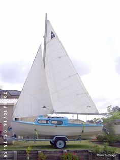 hartley-ts.com.au Gallery Image.php?ImageID=a27e9cd0-c056-102d-a31c-00145edc1a86 Sailing Dinghy, Small Sailboats, Sail Boats, Yachts, Camper Van, Php, Cruise, Pocket, Gallery