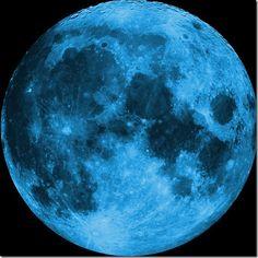 Blue Moon by mistressofthmidnight