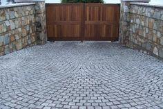 granite cobble driveway entrance