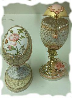 Billedresultat for realeggza Egg Crafts, Arts And Crafts, Egg Shell Art, Carved Eggs, Ostriches, Faberge Eggs, Egg Art, Egg Decorating, Egg Shells