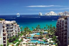 """Located in Mexico. It is known for its sandy beaches, world-class scuba diving locations and abundant marine life. It has become the favorite holiday destination for Hollywood movie stars. It has  a distinctive sea arch or """"El arco"""" in Spanish."""