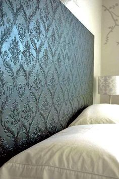 10 Textured Wallpaper Projects • Lots of great Ideas and Tutorials! Including from 'prairie perch', this DIY wallpapered headboard.