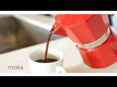 Preparar el café con la moka, la cafetera de casa
