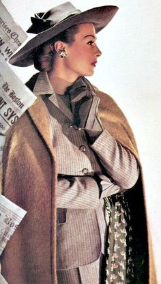 brown tan suit jacket coat skirt outfit hat gloves color photo model magazine vintage fashion pin stripe wool Maurine Zellman in Lord & Taylor, Harper's Bazaar March 1943 Vintage Glamour, Vintage Ladies, Vintage Woman, Moda Vintage, Retro Vintage, Pierre Balmain, Vestidos Pin Up, Vintage Dresses, Vintage Outfits