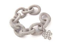 Diane Von Furstenberg by H.Stern collection. Bracelet Sutra in 18k white gold with diamonds, bold size.