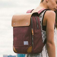Flatsquare  Backpack by VENQUE   MONOQI #bestofdesign