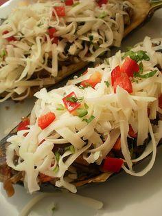 Vinete umplute cu legume Pasta Salad, Cabbage, Vegetables, Ethnic Recipes, Food, Fine Dining, Crab Pasta Salad, Essen, Cabbages