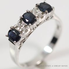 See more #vintage #jewelry #vintagejewelry on our website (link in bio!) BLUE #SAPPHIRE #DIAMOND 14K WHITE GOLD #RING (SZ 6.25)