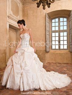 Ball Gown Sweetheart Chapel Train Taffeta Wedding Dress - USD $ 499.99