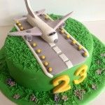 Getting The Cheapest Possible Airline Tickets 3d Cakes, Fondant Cakes, Cupcake Cakes, Ideas Fiesta Sorpresa, Beautiful Cakes, Amazing Cakes, Planes Cake, Travel Cake, Cakes For Boys
