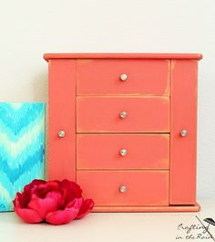 Coral Jewelry Box Makeover #DIY #furniturepaint #paintedfurniture…