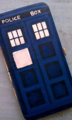 tardis flat wallet! I seriously need to try this someday.