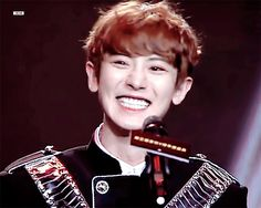 Chanyeol smile.