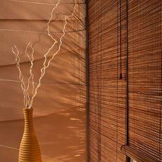 Holzmatten, Faltmatten, Bambusrollo das alles gibt es bei JALOUSIE-WELT.DE passend für Sie auf Maß. Mehr Info  unter 04079686793