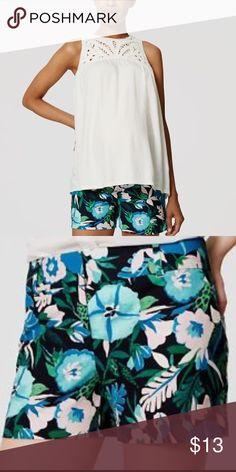 Selling this Ann Taylor loft Jungle Floral Riviera Shorts on Poshmark! My username is: preppytrendy. #shopmycloset #poshmark #fashion #shopping #style #forsale #LOFT #Pants