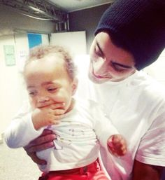 Zaynie and Brooklyn | Community Post: 5SOS And One Direction With Babies