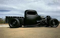 rat rod trucks and cars Rat Rod Trucks, Cool Trucks, Chevy Trucks, Pickup Trucks, Cool Cars, Rat Rod Pickup, Dually Trucks, Semi Trucks, Big Trucks