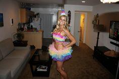 Halloween - My Piñata Costume for Women - Life of The Rocks Easy Costumes, Creative Costumes, Cute Halloween Costumes, Costumes For Women, Halloween Crafts, Happy Halloween, Halloween Party, Halloween Decorations, Halloween Ideas