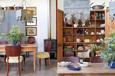 El mueble donde hoy Heather atesora su vajilla perteneció a sus abuelos, que lo usaban para guardar sábanas y blanquería en general. Como en todos los ambientes, el piso es cemento alisado de obra Shelving, Bookcase, Shed, Farmhouse, Home Decor, Ideas, Rustic Style, Environment, Kitchen Dining