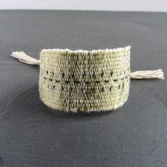Olive green marl handwoven linen cotton bracelet / textile bracelet / cuff bracelet / woven bracelet / fiber jewelry / green ecru silver Concrete Ring, Concrete Jewelry, Jewelry Polishing Cloth, Handmade Jewellery, Photo Jewelry, Unique Rings, Bracelet Making, Artisan Jewelry, Sale Items