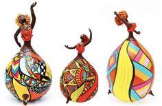 Resultados da Pesquisa de imagens do Google para http://babeldasartes.com.br/blog/wp-content/uploads/2011/03/bailarinas-cabaca-bapi-designer-540x354.jpg