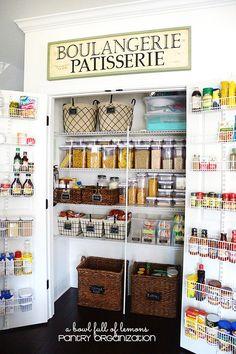 Pantry Organization (via Bloglovin.com )