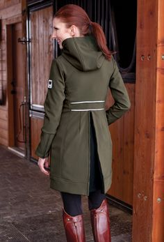 Have this rain coat - it is a staple in my wardrobe at the horse shows!