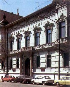 Múzeum V.I. Lenina Bratislava, Nostalgia, Mansions, Retro, House Styles, Photography, Photograph, Manor Houses, Villas
