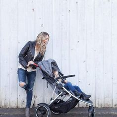 phil&teds dash stroller is the perfect single solution from newborn up to You can parent face with the adaptable double kit second seat, or use it as a second seat for when your second child arrives! Double Strollers, Baby Strollers, Phil And Teds, Number Two, Single Parenting, Second Child, Parenting Hacks, New Baby Products, Children