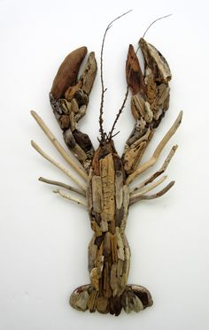 Driftwood Maine Lobster Coastal Wall Decor by Beach wood Dreams to set the mood! Driftwood Fish, Driftwood Table, Driftwood Projects, Driftwood Sculpture, Driftwood Wreath, Beach Wood, Beach Art, Coastal Wall Decor, Wood Creations