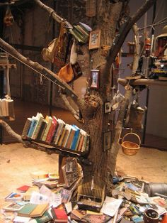 Let's make a BOOK TREE!!!!!! I would have loved this in my dorm community room.